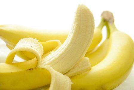 尿酸値が高い!下げる為の「3つの食べ物」と「3つの食事療法」_バナナ