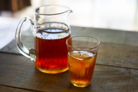 尿酸値を下げる方法 おすすめ飲み物は?逆に上げるお酒は?尿酸値7~8~9以上_麦茶